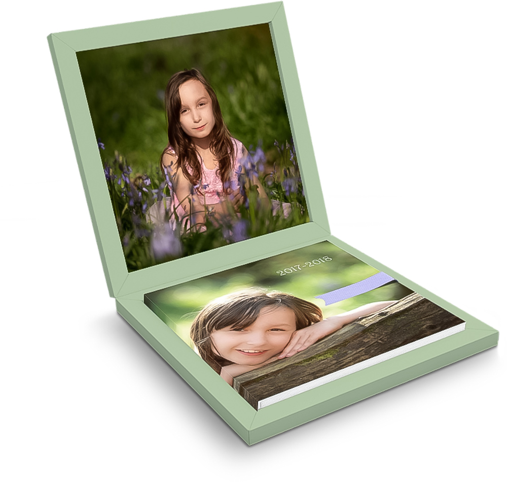 Beautiful boxed Italian photo album in the new pricing structure